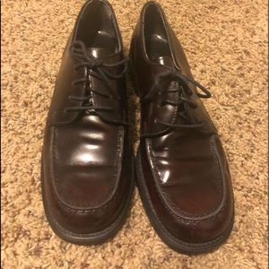 Boys Bass leather dress shoes size 7 Burgundy